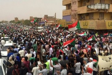 اشتباكات دامية تجمع السودانيين على ضفاف النيل