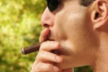ربع المدخنين يواجهون مشاكل جنسية مع زوجاتهم