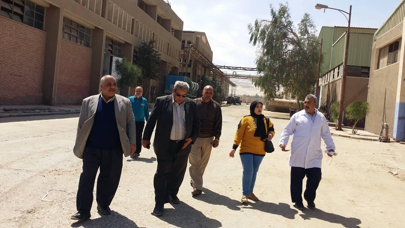 قلعةالصناعات الغذائية بجنوب الصعيد المجمع الصناعى بشركة النيل للزيوت والمنظفات.