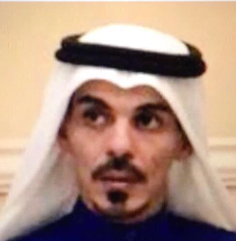 الأستاذ حي حسن يسلم وزير الثقافة الجزائري رسالة خطية من رئيس مؤسسة رسالة السلام العالمية ومجموعة من الكتب