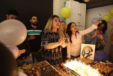 صور| مها أحمد تتعاقد على عمل فني جديد وتحتفل بعيد ميلادها برفقة نجلها
