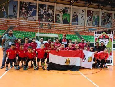 أجريت أمس المباراة العربية الخالصة بين المنتخب المصري  لكرة القدم لقصار القامة و المنتخب العراقي