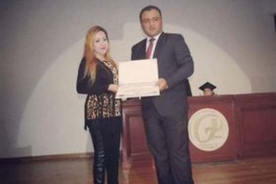 داليا عادل تحصل على جائزة أفضل إعلامية